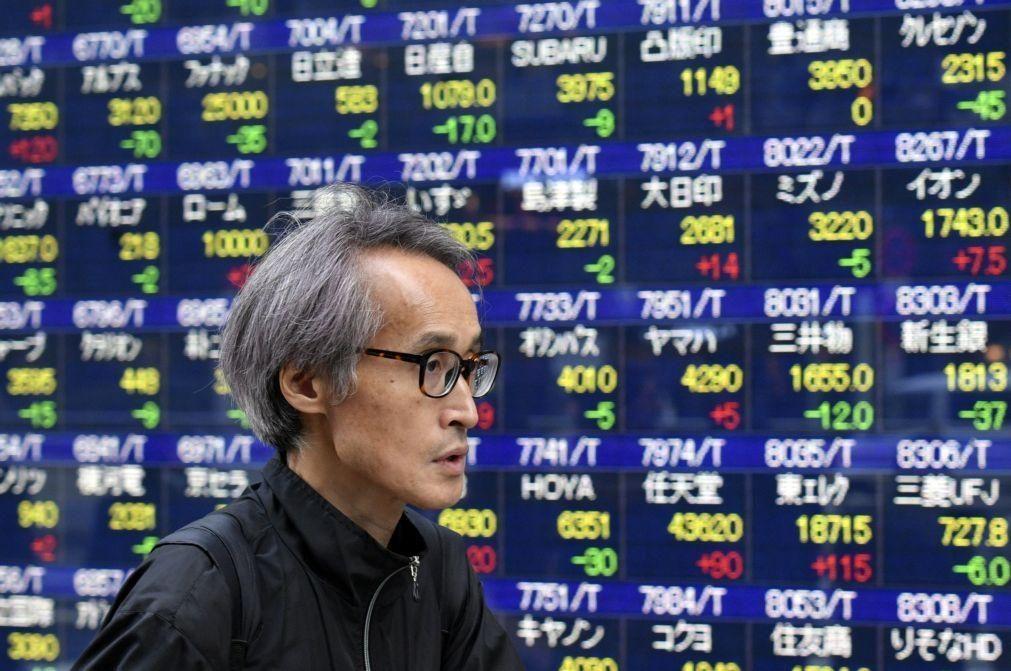 Bolsa de Tóquio abre a ganhar 0,2%