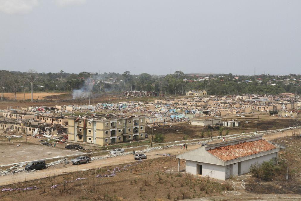 Guiné Equatorial: Governo espera aumento de número de mortos com remoção de escombros