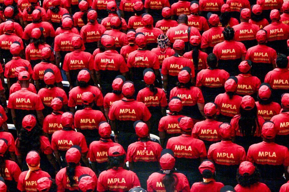 Oposição angolana apresenta