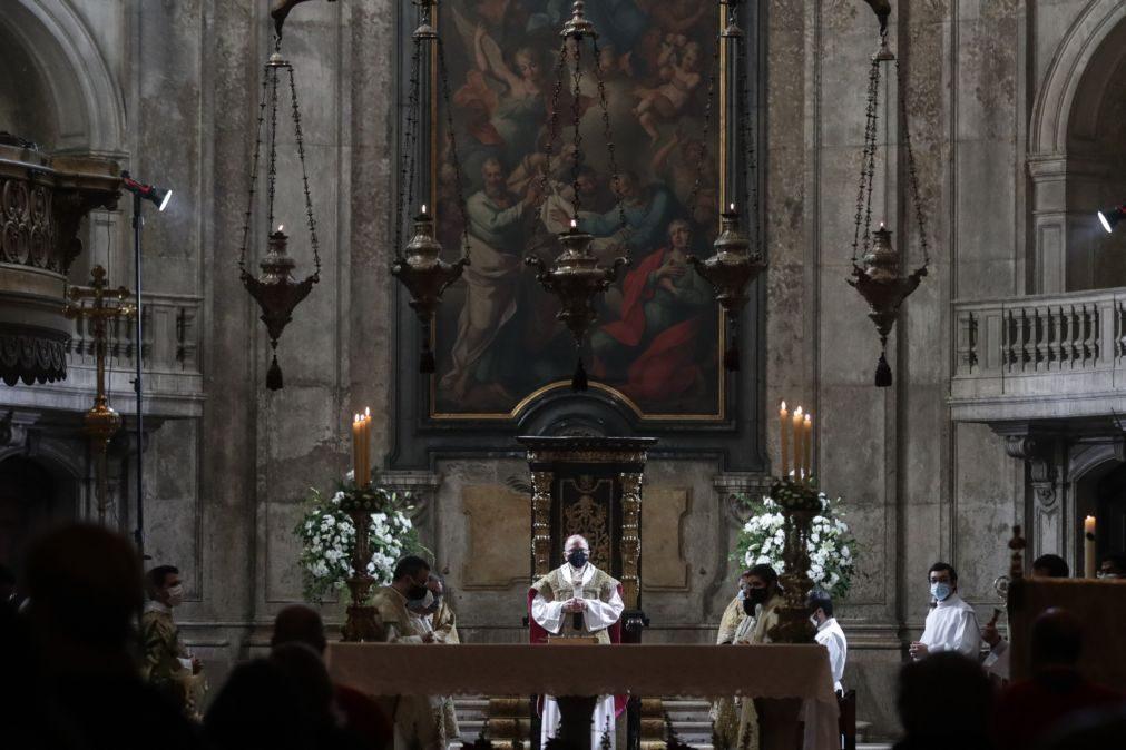 Covid-19: Missas com fiéis retomadas segunda-feira, procissões e visitas pascais são de evitar