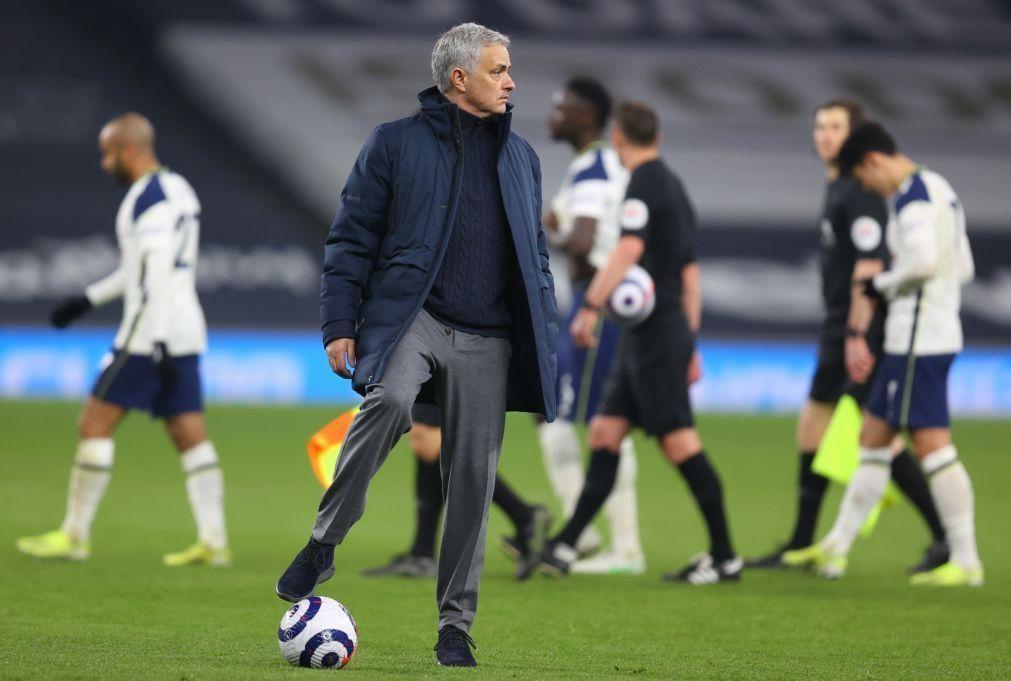 LE: Mourinho e Fonseca já 'vêem' os 'quartos', Pedro Martins com tarefa difícil