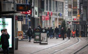 Covid-19: Alemanha com 70 casos por 100 mil habitantes