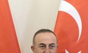 Turquia anuncia retoma das ligações diplomáticas com o Egito