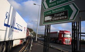 Exportações britânicas para UE caem 40,7% em janeiro face a dezembro