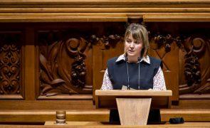 Covid-19: PEV defende que o Governo