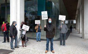 Dirigentes sindicais acusam Novo Banco de perseguição a representante dos trabalhadores