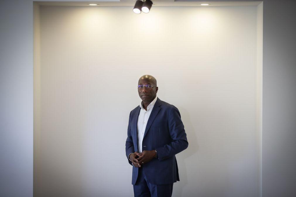 Líder do PAIGC critica atuação da policia guineense perante apoiantes que o foram receber no aeroporto