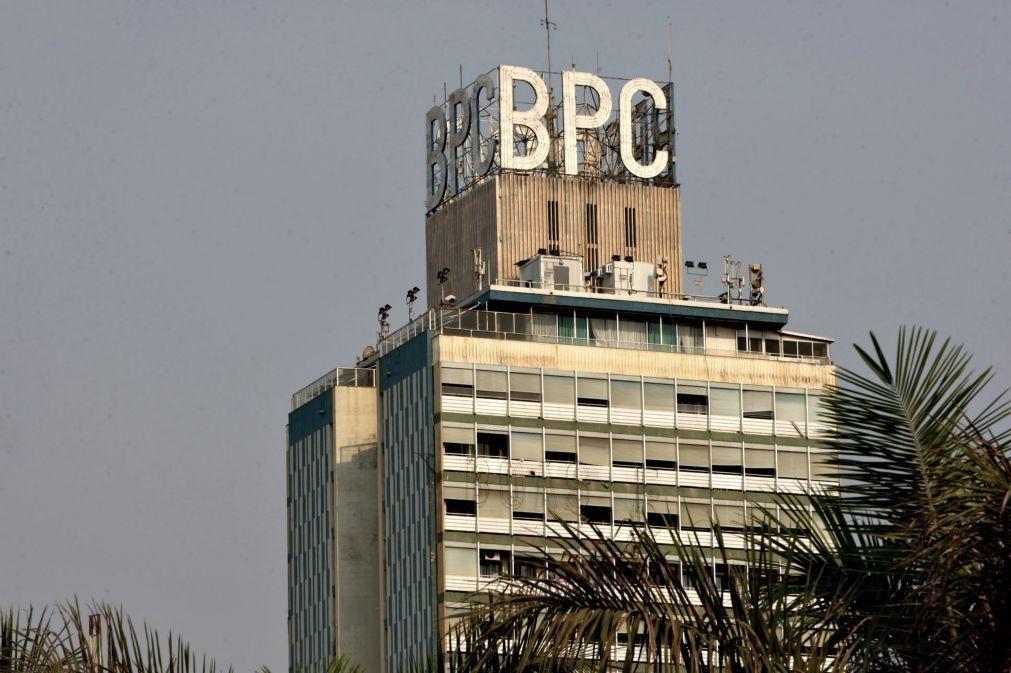 Maior banco estatal angolano prevê dispensa de 2.000 pessoas