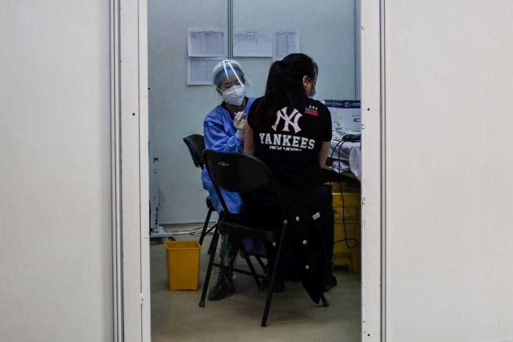 Covid-19: China prevê atingir imunidade de grupo até meados de 2022