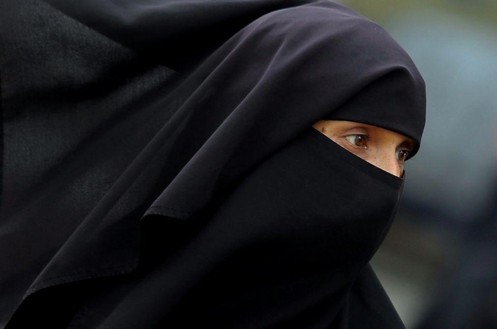Sri Lanka proíbe uso de burcas e anuncia fecho de mais de mil escolas islâmicas