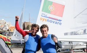 Diogo e Pedro Costa acabam Mundial de vela 470 no segundo lugar