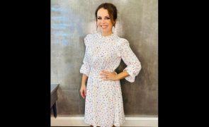 Tânia Ribas De Oliveira Convence com vestido primaveril de 225 euros: