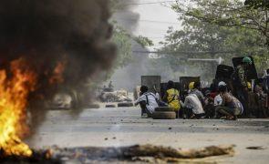 Myanmar: Junta declara lei marcial em duas áreas de Rangum, após 18 mortos em confrontos