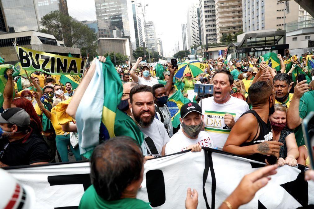 Covi-19: Apoiantes de Bolsonaro protestam contra restrições no Brasil