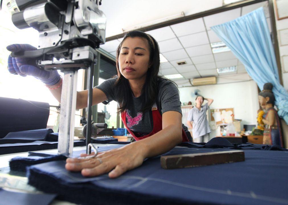 Produção industrial da China sobe 35% nos dois primeiros meses do ano