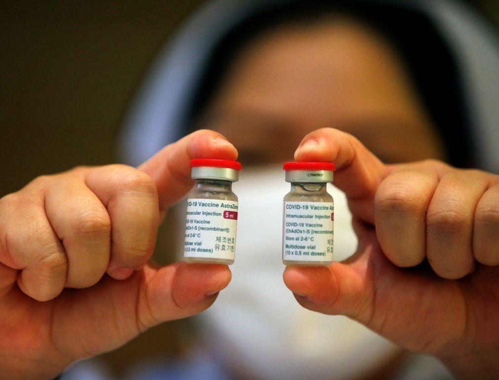 Covid-19: Irlanda suspende temporariamente vacina da AstraZeneca
