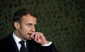 Chefe de Estado francês pede solução política para acabar com guerra na Síria