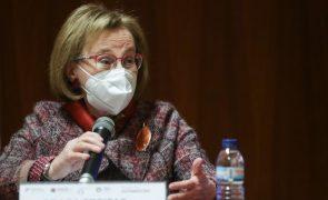 Covid-19: DGS apela para tranquilidade de quem recebeu vacina da AstraZeneca