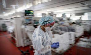 Covid-19: Brasil com novo recorde de mortes ao ultrapassar 2.800 óbitos pela primeira vez