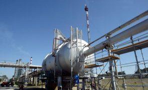 Exportações de petróleo de Angola previstas para maio caem para níveis de 2008