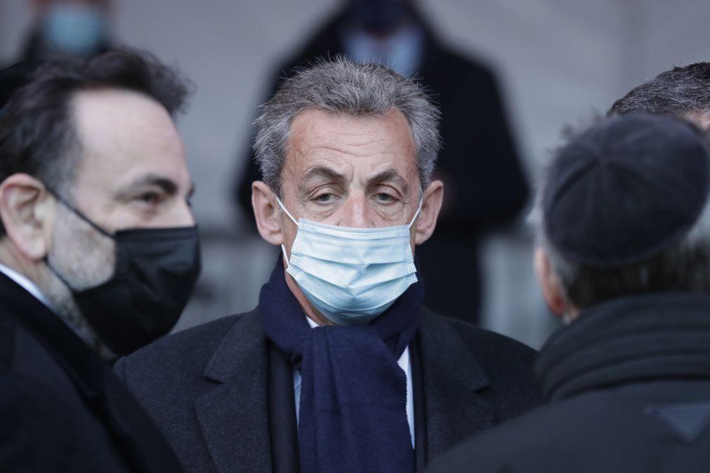 Nicolas Sarkozy novamente julgado agora por gastos excessivos de campanha