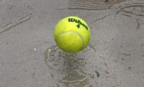 Wimbledon vai ter público e ambiciona