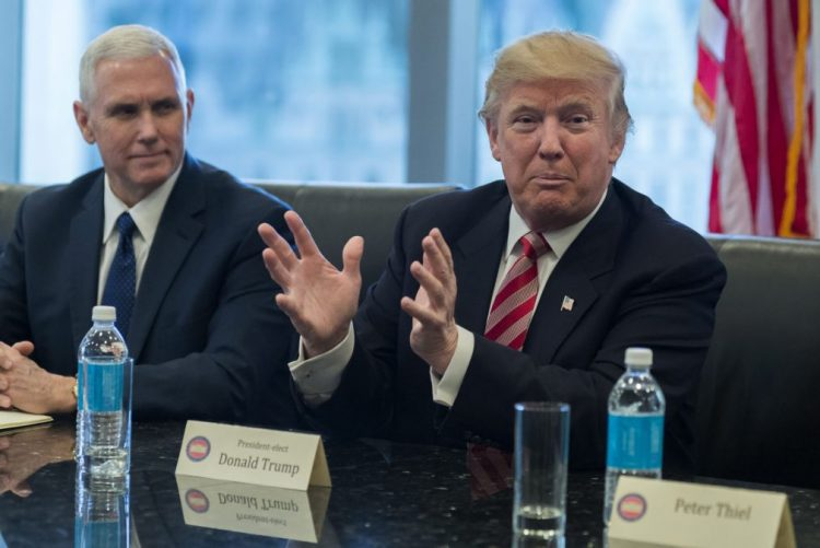 Trump vai começar a desmantelar ObamaCare no primeiro dia na Casa Branca