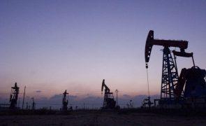 Exportações de petróleo de Angola caíram 7,2% em 2020 para 18,3 mil milhões de dólares