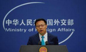 China pede aos EUA medidas para conter violência contra pessoas de origem asiática