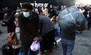 Migrante acusado na Grécia da morte de filho durante travessia