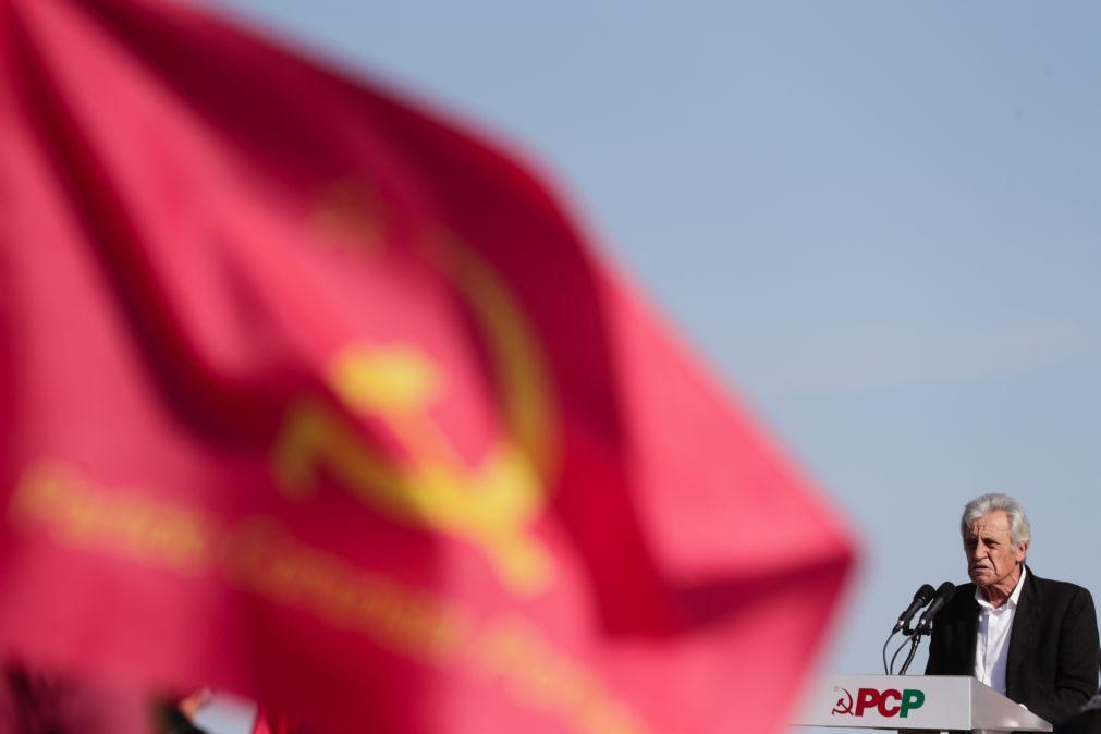 PCP promete lei para proteger trabalhadores das plataformas digitais