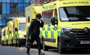 Covid-19: Reino Unido regista 101 mortes e Rt entre 0,6 e 0,9