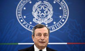 Covid-19: PM italiano Mario Draghi vai vacinar-se com a AstraZeneca