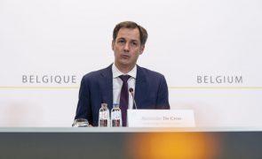 Covid-19: Bélgica reforça medidas nas escolas perante ameaça de terceira vaga