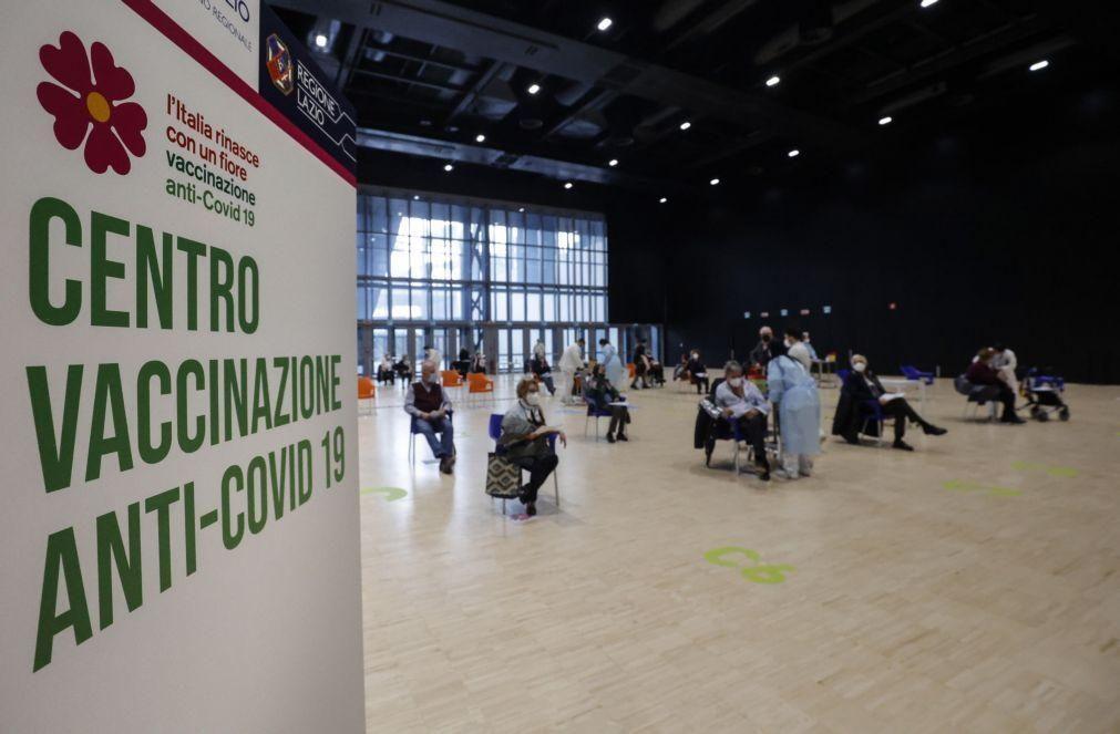 Covid-19: Italianos que rejeitem vacina da AstraZeneca poderão receber outra