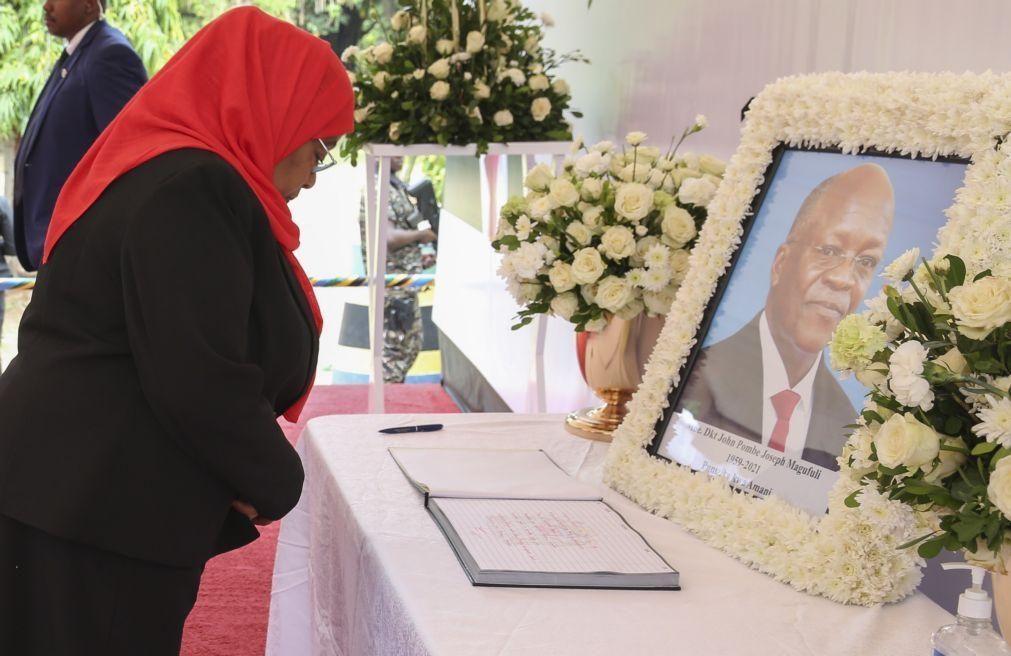 Tanzanianos nas ruas para homenagear John Magufuli após morte do presidente