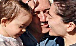 José Raposo derrete fãs com vídeo da filha:
