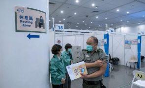 Covid-19: China administrou quase 75 milhões de doses de vacinas
