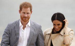 Covid-19: Príncipe Harry dá conselhos a crianças que perderam os pais