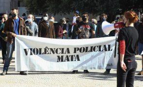 Cerca de 100 manifestantes protestam em Lisboa contra