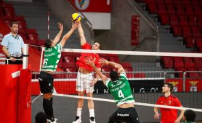 Benfica volta a derrotar Sporting e 'carimba' passagem à final no voleibol