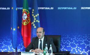 UE/Presidência: Siza Vieira espera
