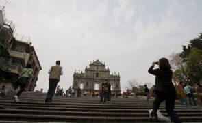 Covid-19: Macau volta a registar perda de visitantes em fevereiro