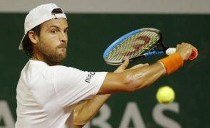 Tenista João Sousa desce mais um lugar no ranking, Djokovic mantém liderança