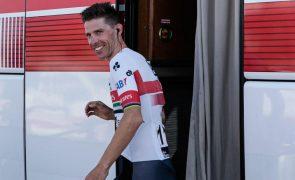 Ciclista Rui Costa revela que foi atropelado por moto da corrida na Volta à Catalunha