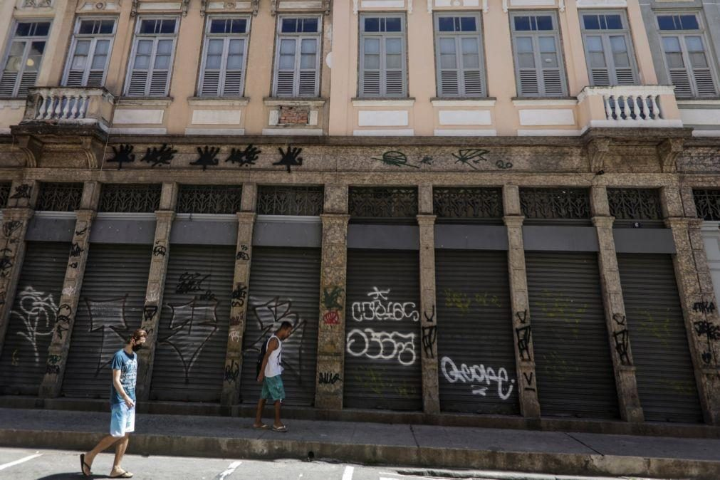 Covid-19: Rio de Janeiro fecha