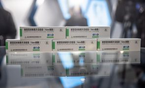 Covid-19: Agência europeia admite avaliar vacina chinesa Sinopharm