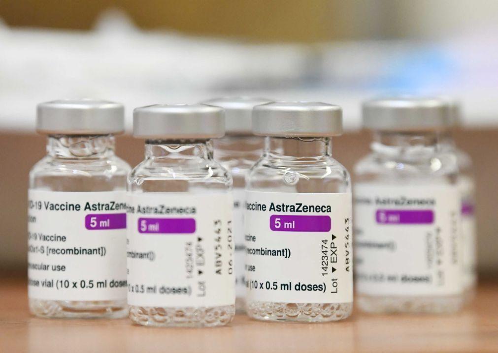 Covid-19: AstraZeneca promete dados atualizados ao regulador dos EUA em 48 horas