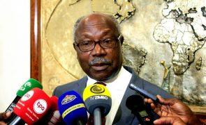FNLA defende extinção da entidade reguladora da comunicação angolana por