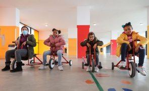 Comissão Europeia adota garantia para a infância de combate à exclusão social